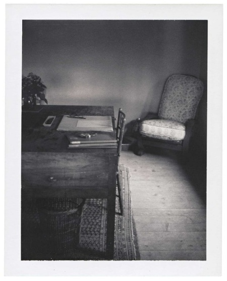 Virginia Woolf's desk by Patti Smith